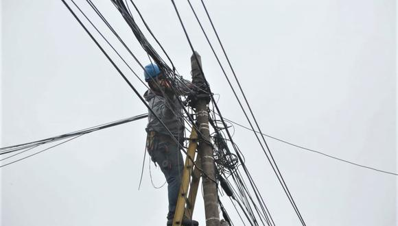 Ordenanza aprobada por Municipalidad de Miraflores fija drásticas multas contra empresas de telecomunicaciones que no cumplan con retiro de cables. (Foto: Municipalidad de Miraflores)