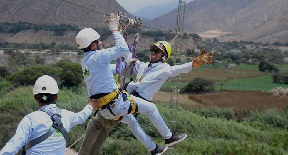 Tendrás la oportunidad de deslizarte a 100 metros de altura desde la torre de Quives de 30 metros de alto hacía el cerro Puruchuco, por S/80.(Foto: Archivo El Comercio)