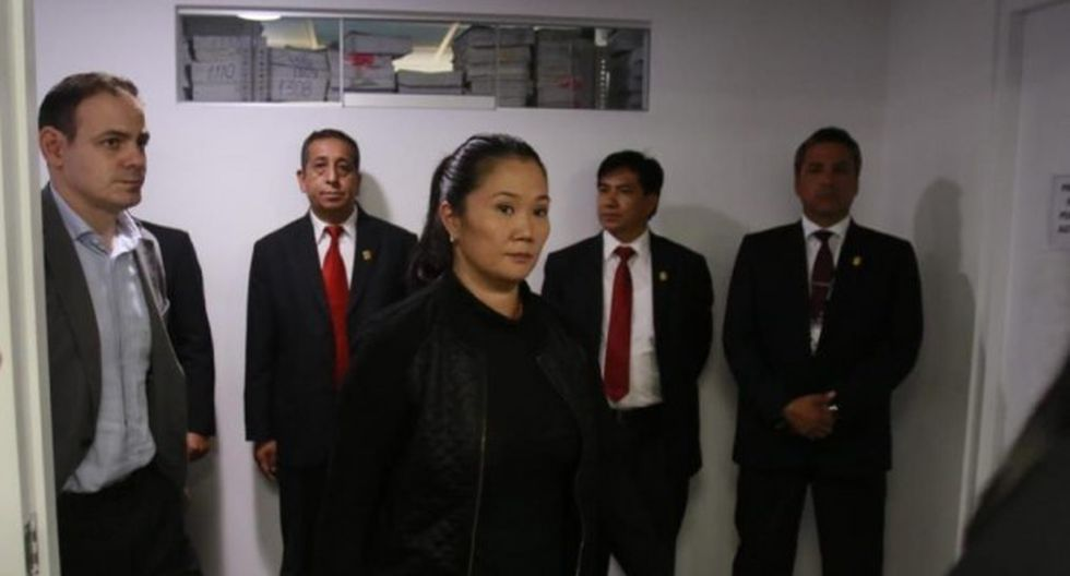 Keiko Fujimori recibía el dinero en maletines, en casa del expresidente de la Confiep Martín Pérez. (Foto: GEC)