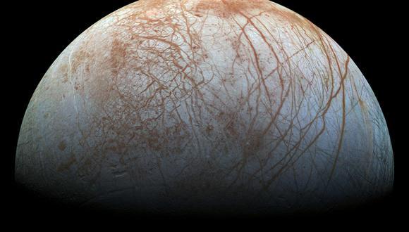 Europa es estudiada desde hace décadas como un posible lugar que puede sostener vida en el Sistema Solar. (Foto: Handout / NASA/JPL-Caltech/SETI Institute / AFP)