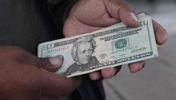 El tipo de cambio en México cerró en la jornada previa en 18.8100 pesos mexicanos por dólar.. (Foto: GEC)