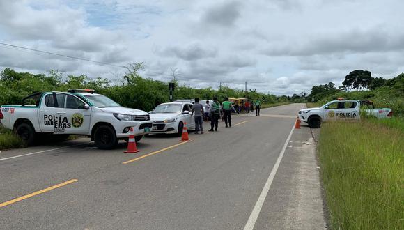 El 22 de marzo, tres sujetos intervenidos en la ruta Puerto Maldonado-Mazuko indicaron que el oficial les había dado permisos para circular. (Foto: Manuel Calloquispe)