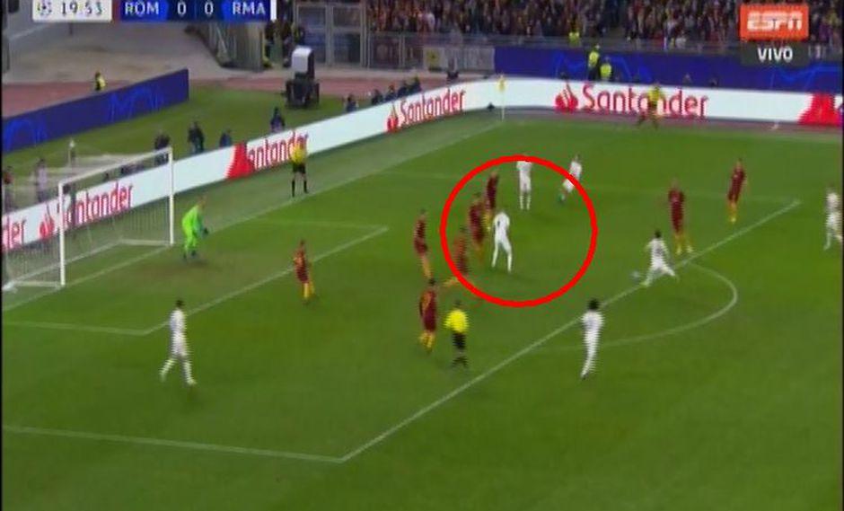 Real Madrid vs. Roma: Benzema, de rebote, casi pone el 1-0 en el duelo por Champions League. (Foto: captura)
