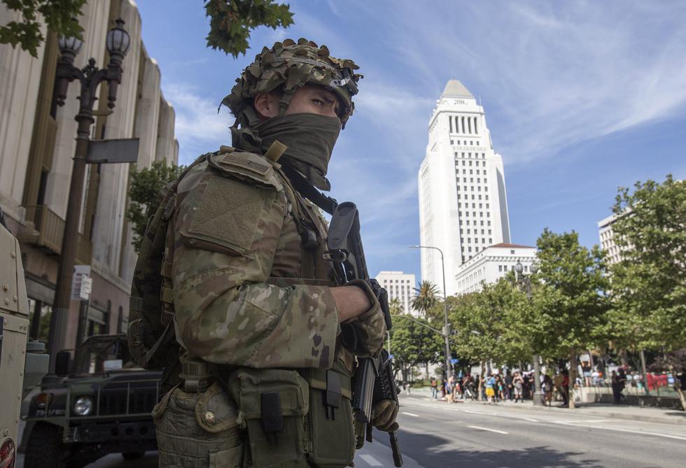 Al menos 28 estados han activado sus fuerzas de la Guardia Nacional antes las protestas por la muerte de George Floyd. Foto: AP Photo/Ringo H.W. Chiu