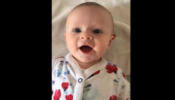 Bebé escucha por primera vez y su reacción se vuelve viral. (Captura: Twitter)
