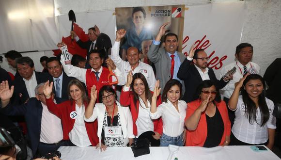 Acción Popular, el partido con mayor votación, concentró apenas poco más del 10% de los votos válidos. (Foto: GEC)