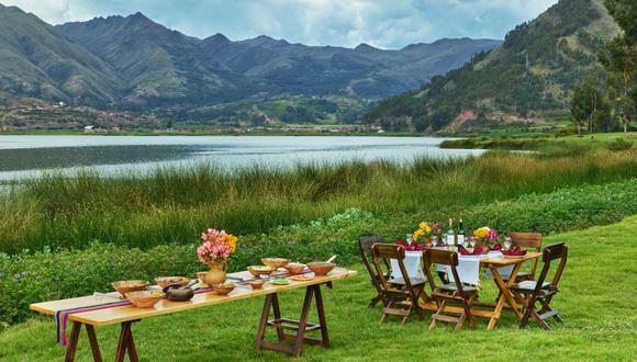El diseño personalizado de experiencias gastronómicas vivenciales y al aire libre es una de las grandes apuestas de los hoteles en el valle del Urubamba, tal y como ocurre con este almuerzo servido en las inmediaciones del hotel Tambo del Inka.