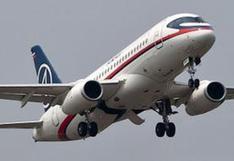 Dirigente de Greenpeace viajaba en avión para ir al trabajo