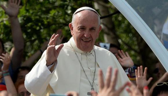 """Papa se despide de jóvenes en Polonia: """"Rechacen la tristeza"""""""