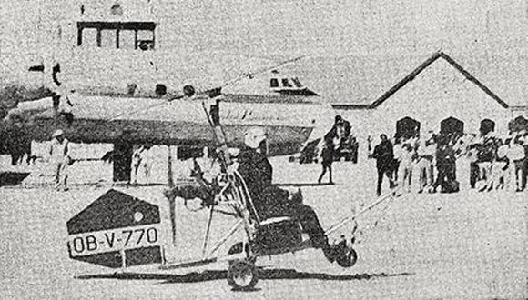 Preciso momento en que el ingeniero Guillermo Lira inicia su vuelo de prueba en el autogiro construido por él mismo. (Foto: GEC Archivo Histórico)