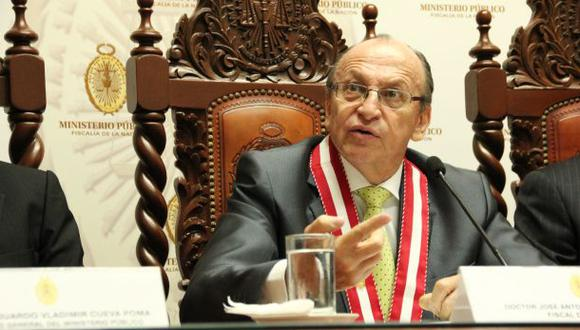 Peláez apela fallo e insiste estar 5 años más en la fiscalía
