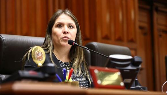 Yeni Vilcatoma es la tercera vicepresidente del Congreso. (Foto: Congreso)