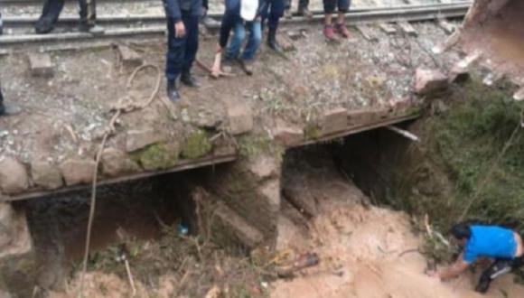 El deslizamiento de agua y lodo ocasionó afectaciones en 10 viviendas del centro poblado Ccollayocpata (Cusco).
