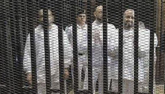 Egipto: Corte condena a muerte a 12 partidarios de Mursi
