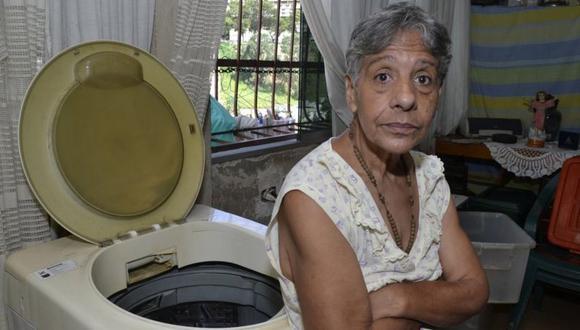 Para Norma Mujica, a sus 67 años, sus días transcurren de una manera muy distinta a lo que imaginó. (Foto: OSWER DÍAZ MIRELES, vía BBC Mundo).