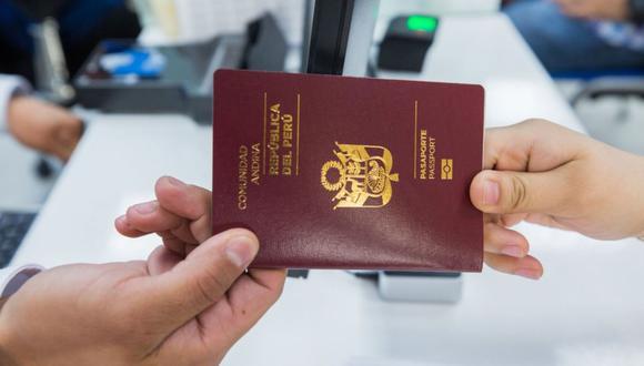 A la fecha, se han emitido 83 mil 385 Pasaportes Electrónicos en el aeropuerto, evitando que la misma cantidad de peruanos pierdan su vuelo.(Foto: Andina)
