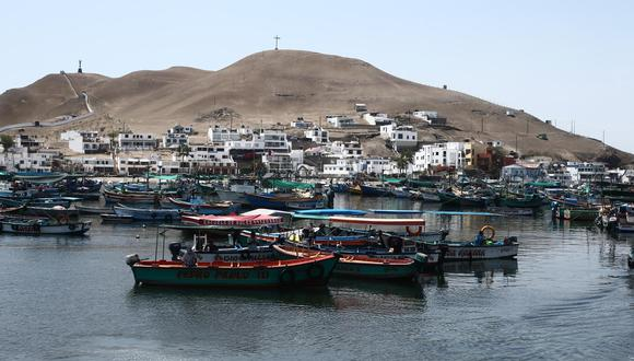 Pucusana es el primer distrito de la provincia de Lima en perder por segunda vez a su alcalde a causa del COVID-19. El clamor de este balneario del sur es una planta de oxígeno y un hospital. (FOTO: Jesús Saucedo)