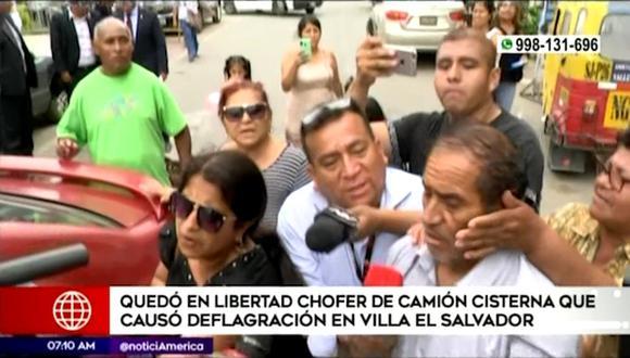 Chofer del camión tuvo una fuga de gas y causó un incendio en Villa El Salvador, el jueves pasado. (Captura: América Noticias)