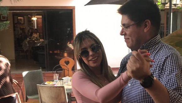 El viceministro de Salud de Paraguay, Juan Carlos Portillo, presentó su renuncia tras viralizarse su presencia en una fiesta con varias modelos sin las medidas de distanciamiento ante el coronavirus. (Foto: Twitter).