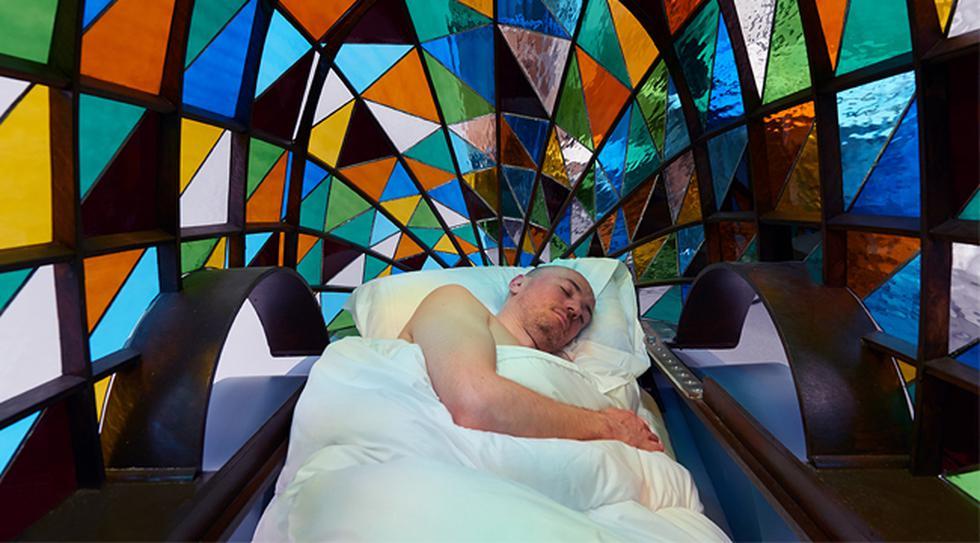 Conoce el auto del futuro hecho de vidrio donde puedes dormir - 3