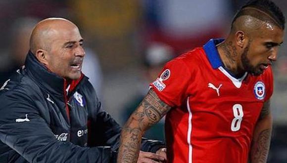 Jorge Sampaoli dirigió a Arturo Vidal en la selección de Chile en el 2013.