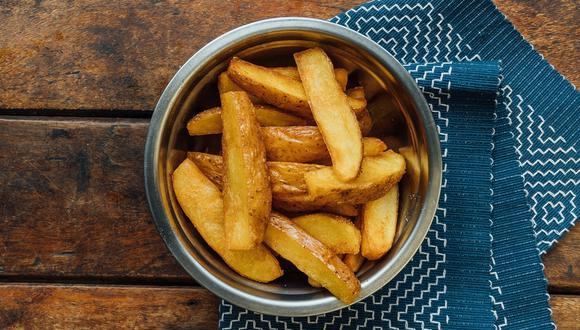 Toda fecha es buena excusa para comer papas fritas. Aquí seleccionamos las mejores opciones. (Foto: Unsplash/ Maiqui Cordeiro)
