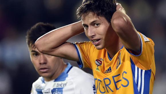 El futbolista del Tigres de México salió a trotar con su mascota. (Foto: AFP)