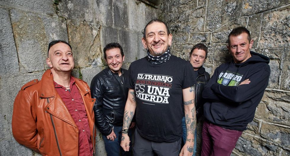 Evaristo Páramo (centro) y el resto de los integrantes de La Polla Records. Se presentan el 14 de febrero en Barranco. (Foto: Difusión)