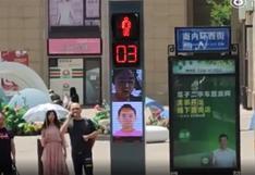 China: semáforos exponen fotografías de peatones imprudentes   FOTOS