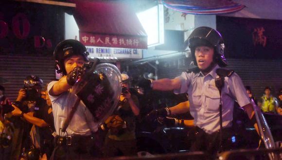 """La policía señaló que en anteriores protestas algunos participantes han provocado """"incendios"""", """"bloqueado rutas"""", """"usado bombas incendiarias"""" para """"destruir bienes públicos a gran escala. (Foto: AFP)"""