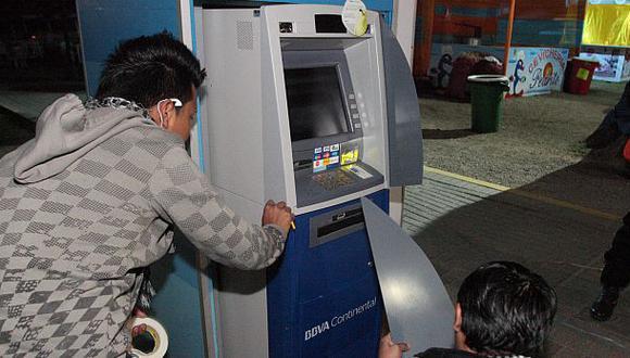 Mujer recuperó los US$46.500 que le robaron impostores en banco