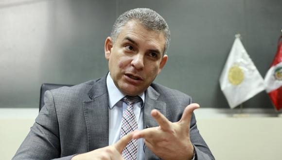 """""""Muchas veces los investigados súbitamente se enferman cuando existe un pedido de prisión preventiva y eso es lo que nosotros criticamos"""", dijo Rafael Vela sobre el caso de Luis Castañeda Lossio. (Foto: GEC)"""