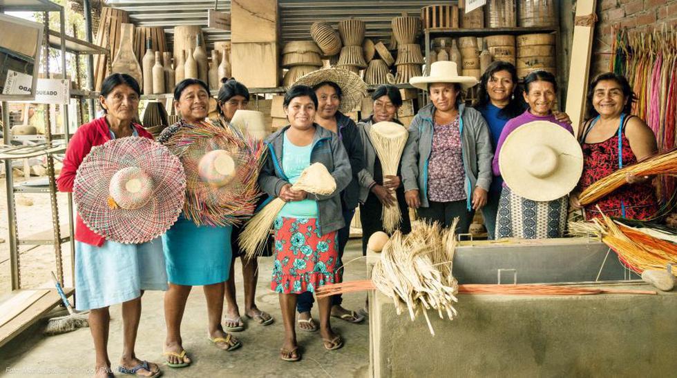 La heroica labor de las mujeres artesanas de Catacaos tras El Niño costero del 2017.