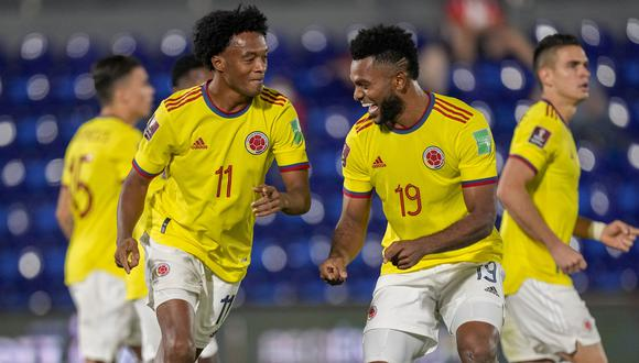 Borja (derecha) marcó dos goles. (Foto: AP)