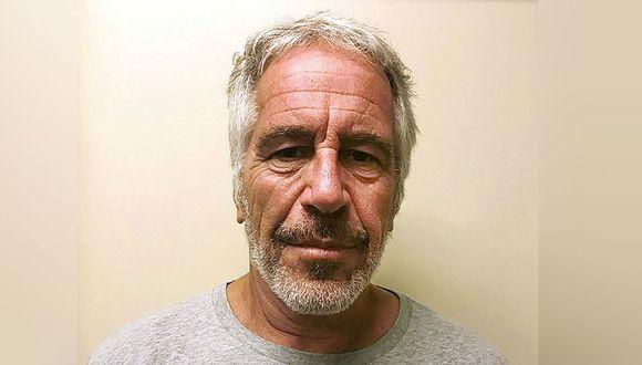Jeffrey Epstein, acusado por tráfico sexual de menores, se ahorcó en su celda, según New York Times. (Foto: Archivo/AP)