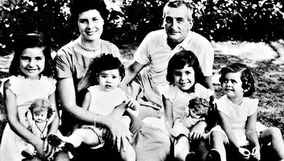 """Familia Oesterheld. El creador de """"El Eternauta"""" y sus cuatro hijas fueron asesinados por la dictadura argentina en los años setenta."""
