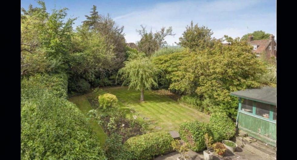 El gran atractivo de la casa son sus hermosos y cuidados jardines. (Foto: arlingtonresidential.com)