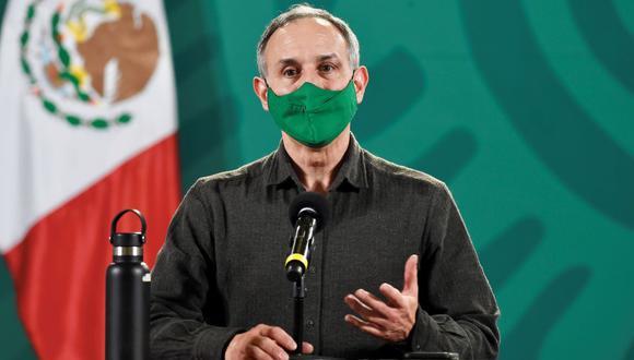 Imagen muestra al Subsecretario de Salud, Hugo López-Gatell, hablando durante una conferencia de prensa en la Ciudad de México, México, el 19 de febrero de 2021. (EFE/EPA/Mexico presidency).