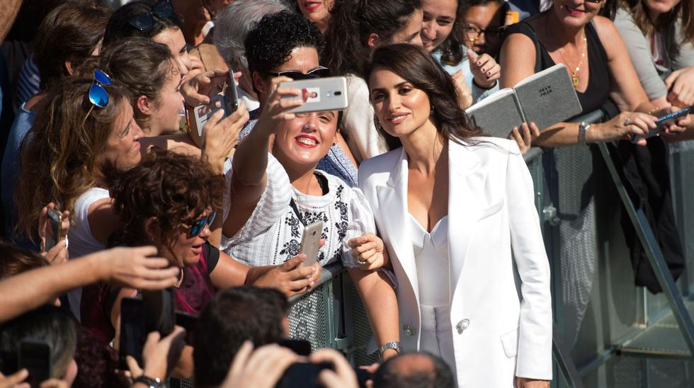 Penelope Cruz participó en el festival de cine de San Sebastián. La actriz española recibió el Premio Donostia por su prolífica carrera, galardón al que suma a su Óscar, un Bafta y tres Goya. (Foto: AFP)