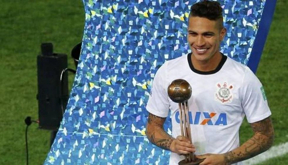 * Paolo Guerrero consiguió el Balón de Bronce del Mundial de Clubes. (Foto: AFP)