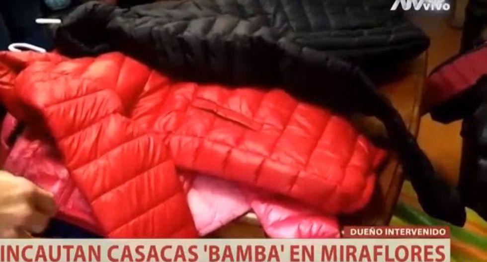 Las autoridades incautaron 50 casacas valorizadas en más de 20 mil soles. La propietaria de la tienda quedó en calidad de citada. (ATV)