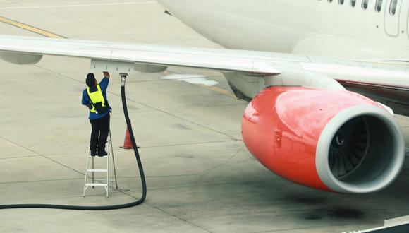 El procedimiento desarrollado por investigadores de la Universidad de Oxford permitiría transformar el dióxido de carbono en un insumo apto para ser utilizado por los actuales motores a combustión, basados en combustibles fósiles. (Imagen: La Nación)