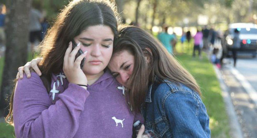 El trauma de los estudiantes que vivieron la matanza en la secundaria Stoneman Douglas de Parkland, Florida.