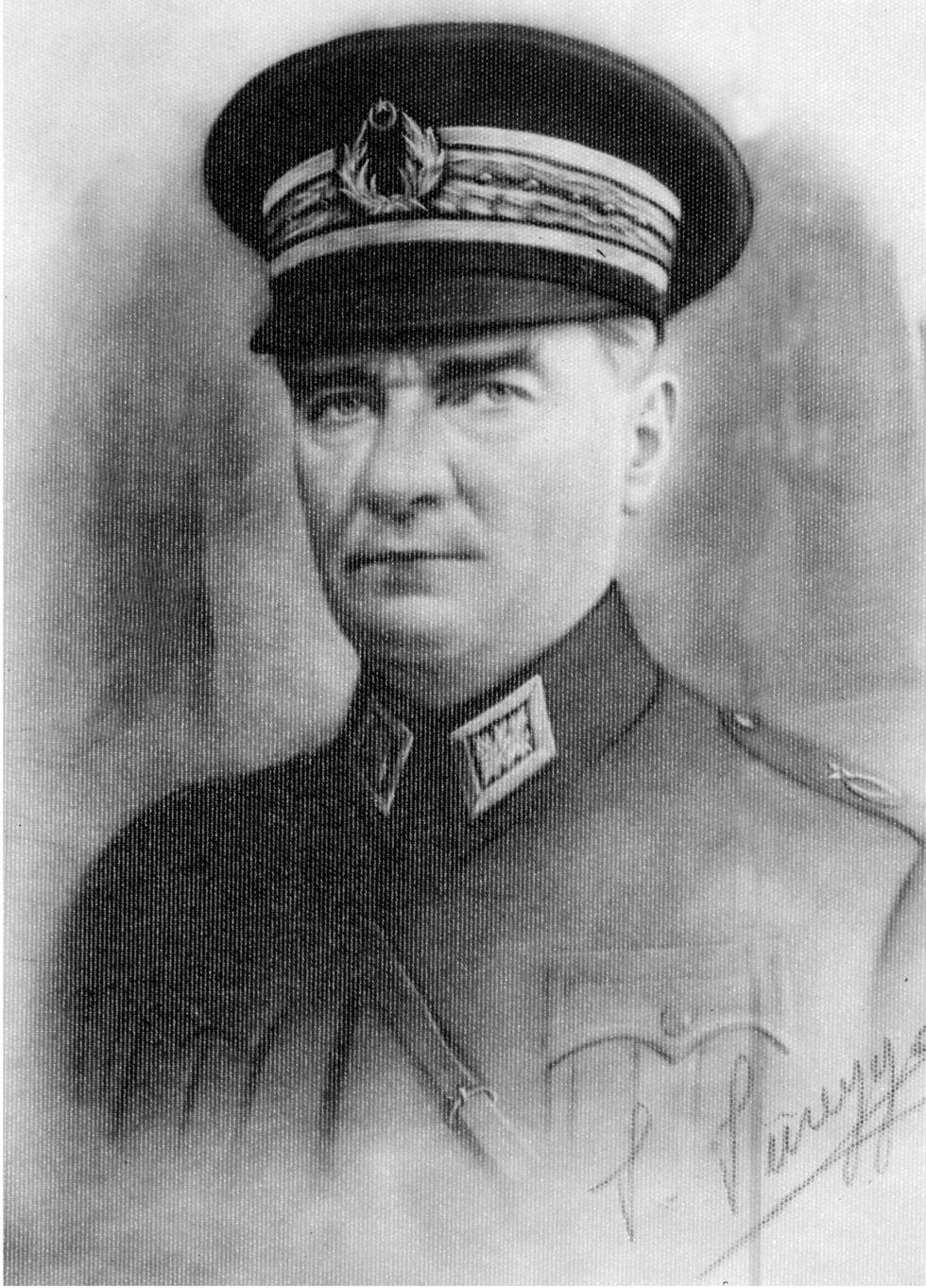 Archivo sin fecha retrato de Turquía fundador padre Mustafa Kemal Ataturk. (AFP)<br>