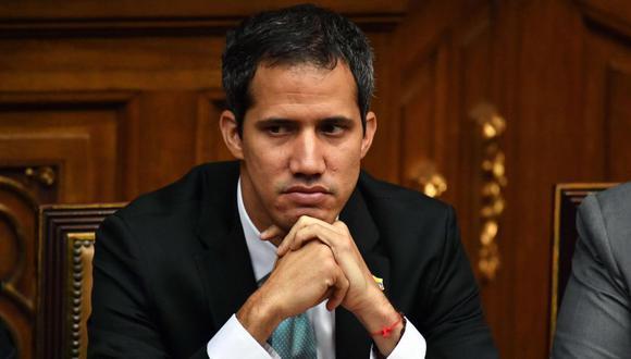 """Juan Guaido durante una """"Reunión con Jóvenes Líderes para Venezuela"""", en la Asamblea Nacional en el Palacio Legislativo Federal en Caracas. (Foto: Archivo/ AFP / Yuri CORTEZ)."""