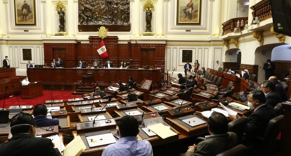 Los congresistas reciben un salario de S/15.900 al mes. Algunos de los integrantes del Parlamento señalaron estar dispuesto a una reducción frente a la emergencia sanitaria por el coronavirus. (Foto: Congreso)