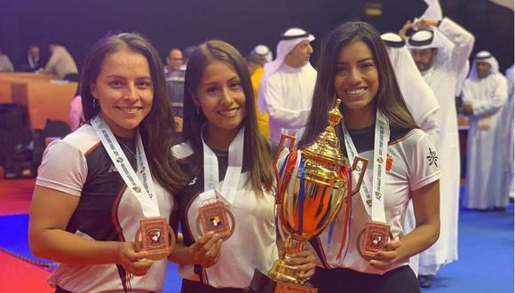 El tridente peruano con sus medallas. (Foto: teamkatape.official)