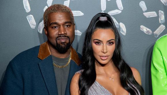 """Kanye West asegura que Kim Kardashian le fue infiel y por eso ha """"estado tratando de divorciarse"""" de ella. (Foto: AFP)"""
