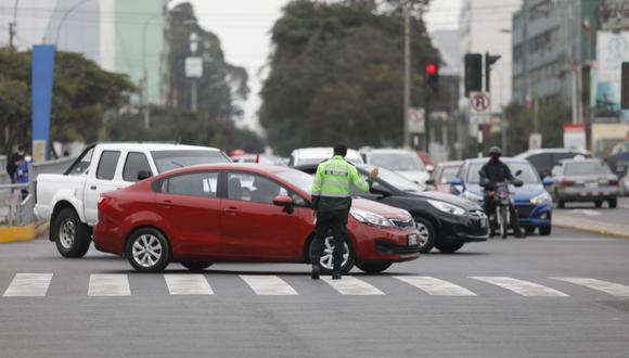 La ATU establece la implementación de nuevos depósitos vehiculares oficiales en los cuales sea posible ejecutar la medida preventiva de internamiento de vehículos. (Foto: César Bueno/GEC)