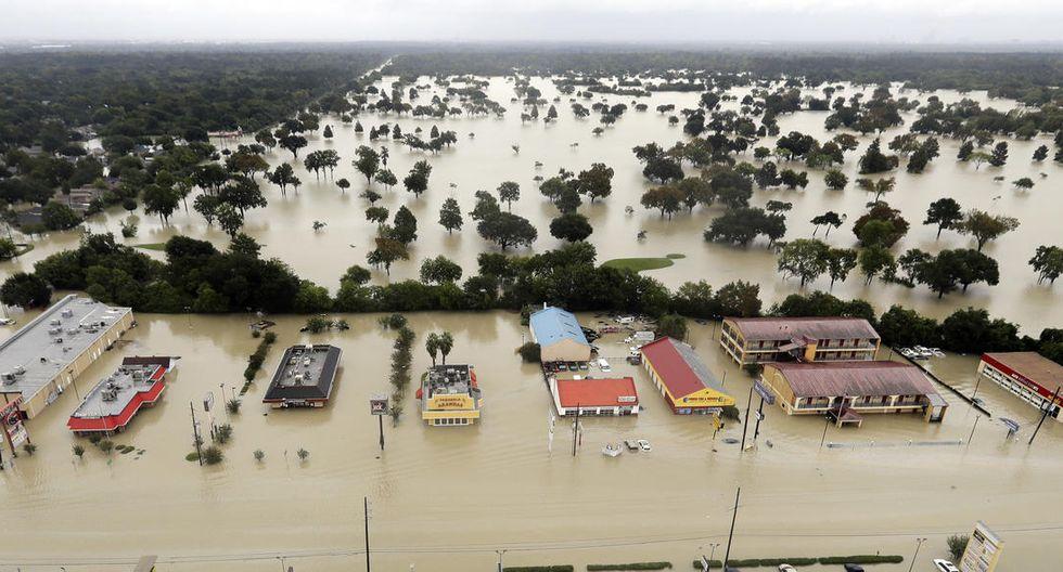 Muchas zonas de Houston están inundadas debido al desborde de las represas de Addicks y Baker (AP).